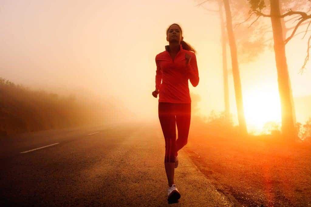 Strategies to improve mental toughness while running #runningglow #runningtips