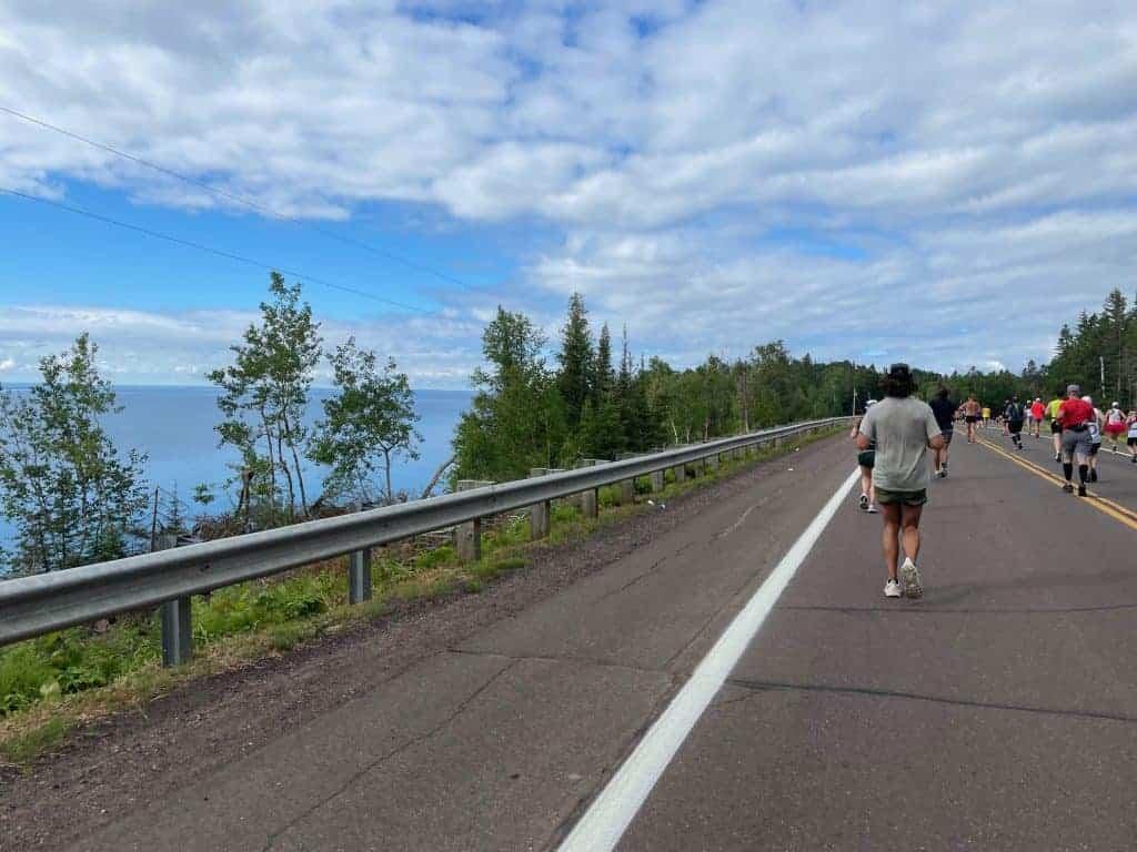 grandma's marathon race course on scenic hwy 61